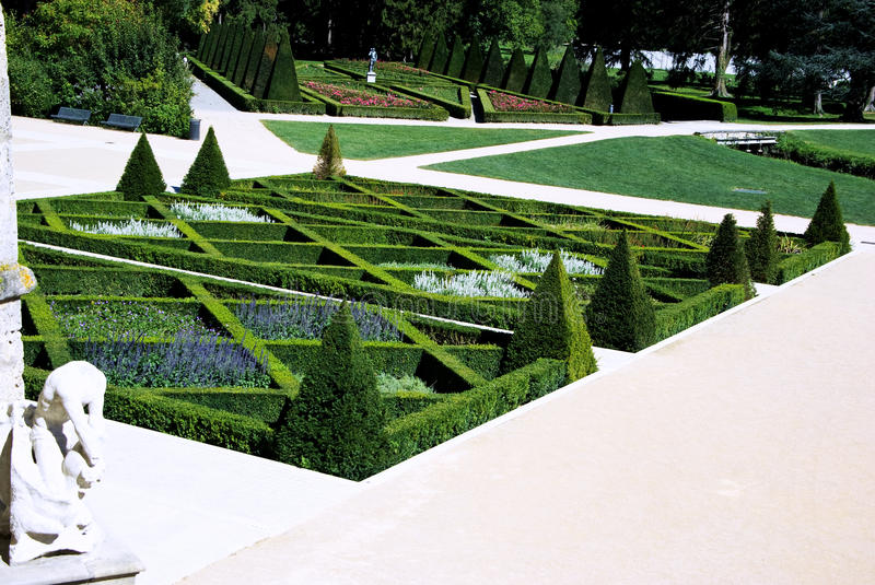 Download French garden stock photo. Image of architecture, famous - 21041212