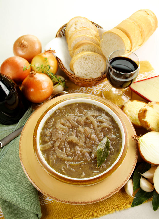 Download French Onion Soup Royalty Free Stock Images - Image: 28928369