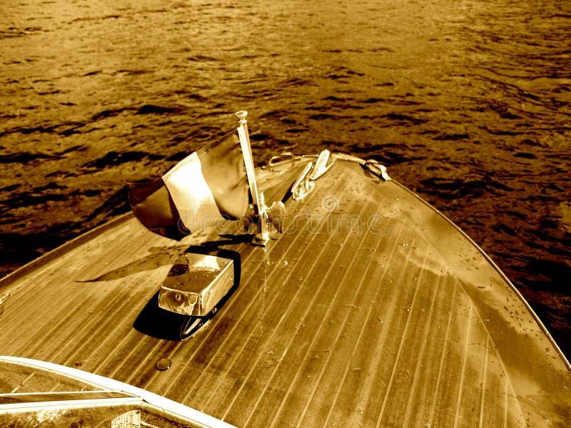 Frente de lujo de caoba del barco del barco de madera del vagabundo de Riva imagen de archivo libre de regalías