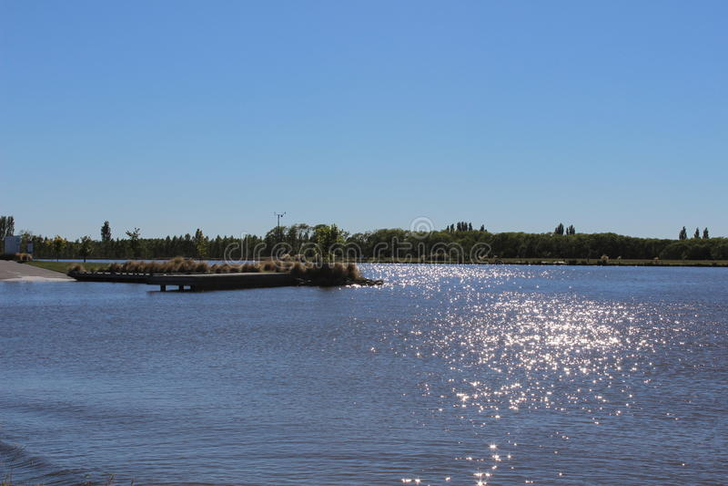 Frente del lago imagen de archivo libre de regalías