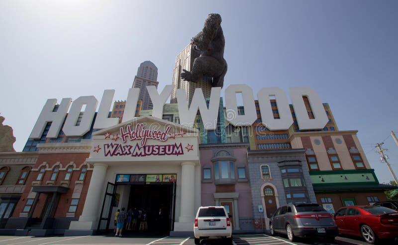 Frente del museo de la cera de Hollywood en Branson, Missouri fotos de archivo