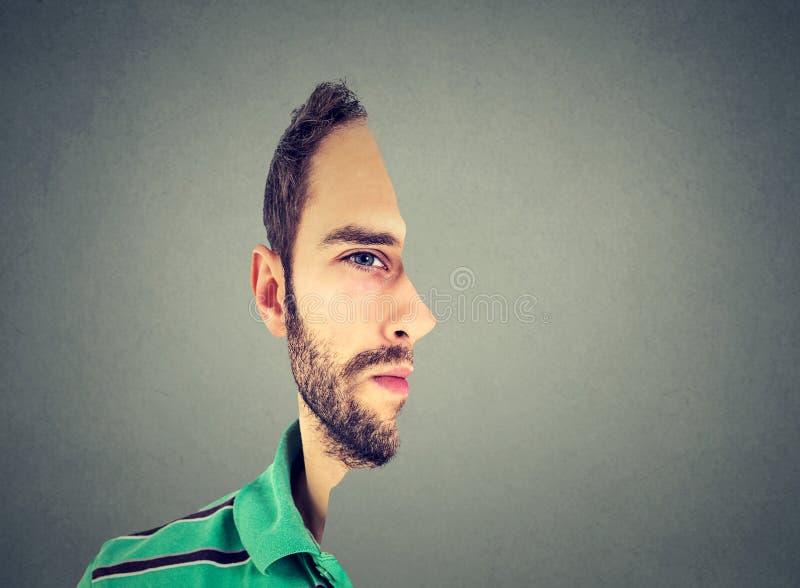 Frente surrealista del retrato con perfil cortado de un hombre joven imágenes de archivo libres de regalías