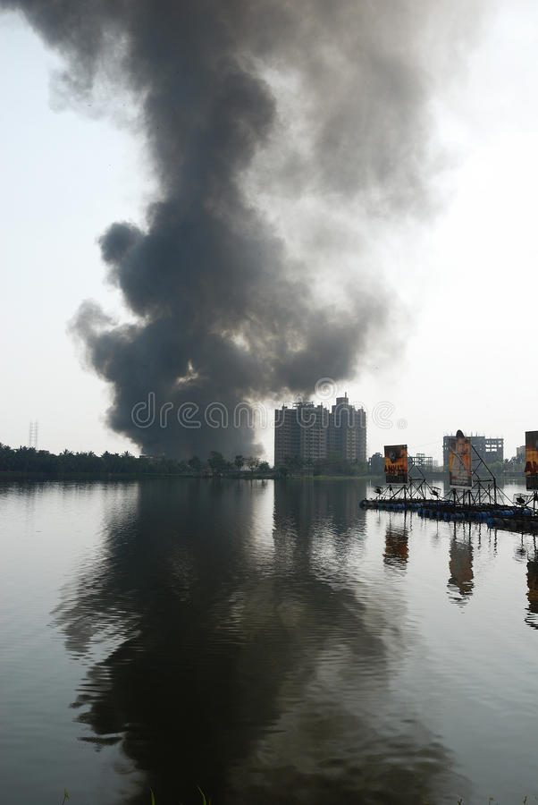 Download Frequent Fire At Slums Of Kolkata Editorial Photo - Image: 13305386