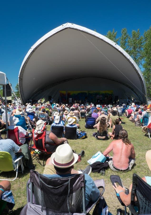 Frequentatori pieghi 2019 di festival di Winnipeg immagini stock libere da diritti