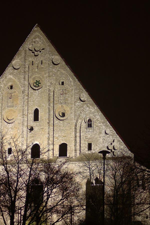 Download Frequentierte 2 stockfoto. Bild von estland, halloween, monastery - 41266