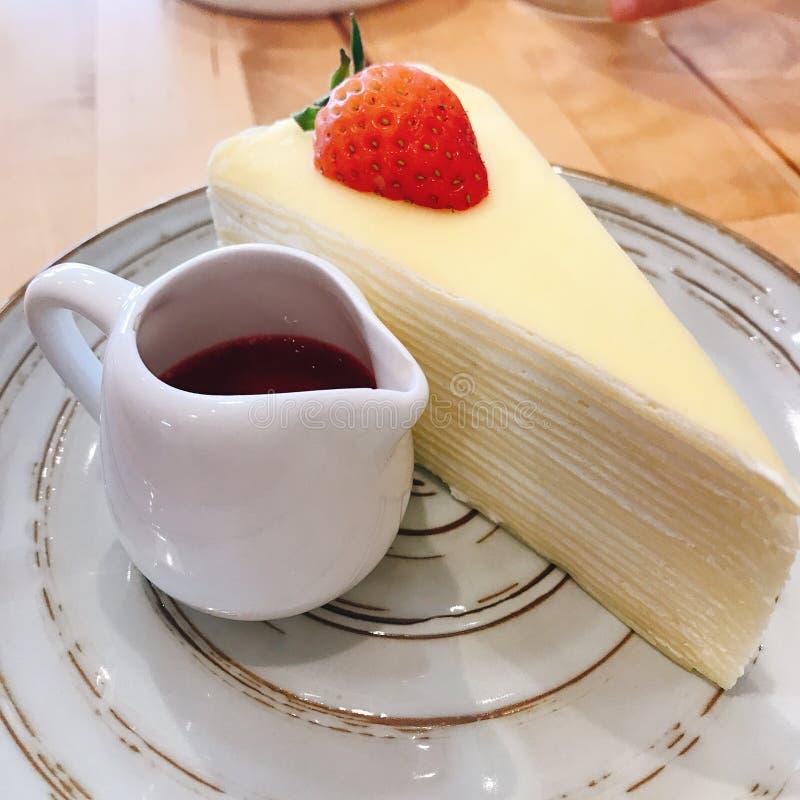 Fresa cake fotografía de archivo libre de regalías