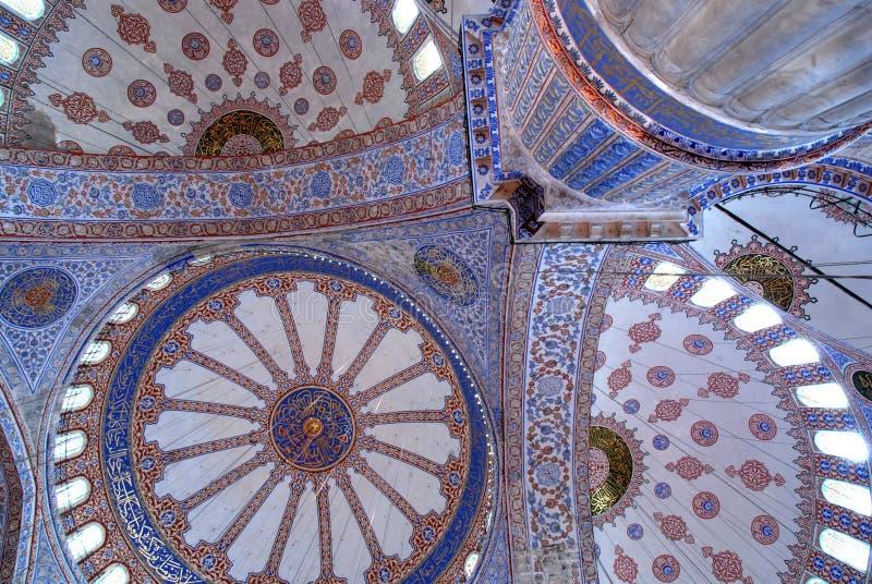 Fresco dentro da mesquita azul em Istambul fotografia de stock