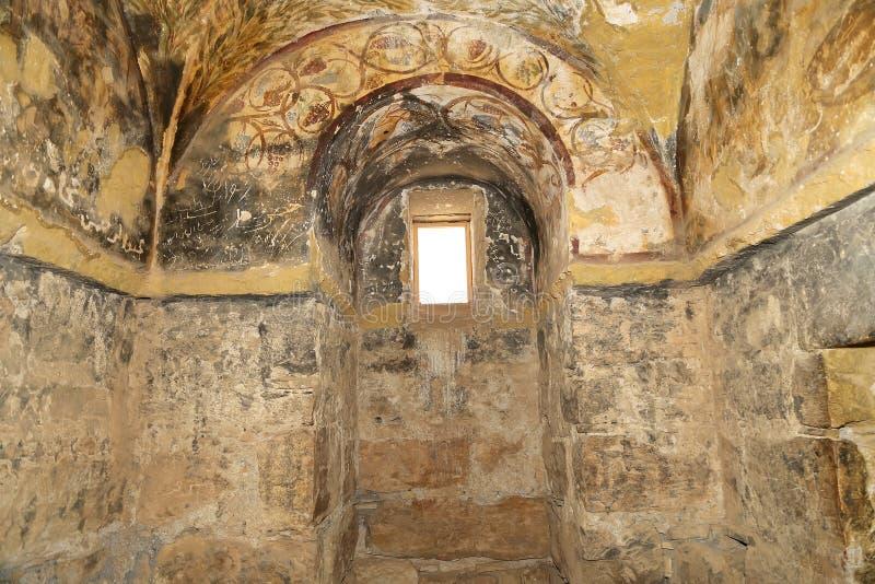Fresco en el castillo del desierto de Quseir (Qasr) Amra cerca de Amman, Jordania fotografía de archivo