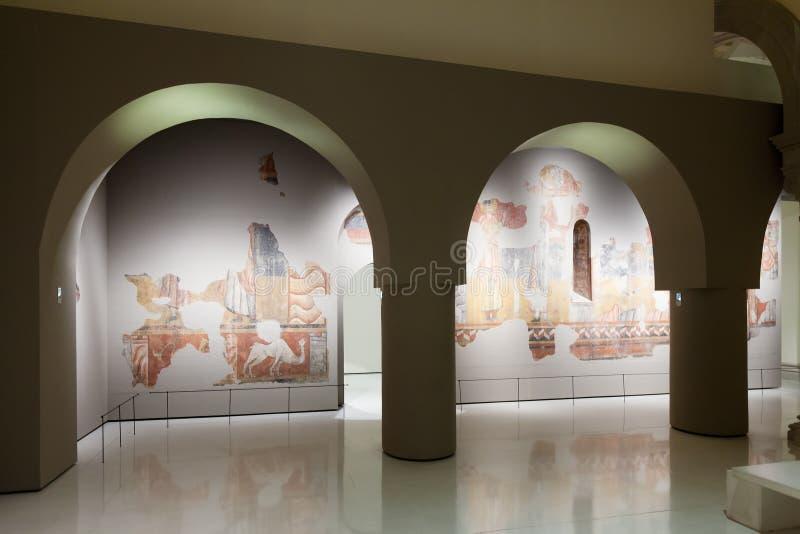 Fresco no salão medieval da arte românico fotografia de stock royalty free
