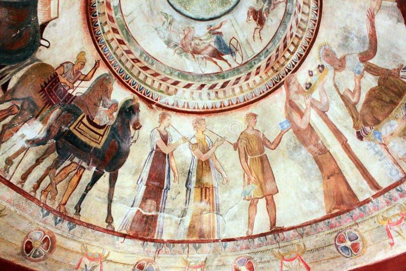 Fresco no túmulo do rei de Thracian Kazanlak, Bulgária fotografia de stock royalty free