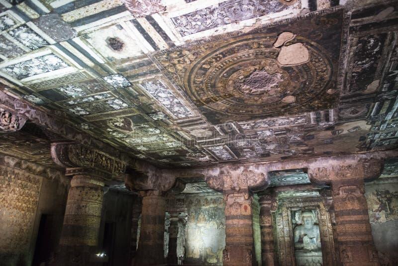 Frescoed Decke und Buddhist stockfoto
