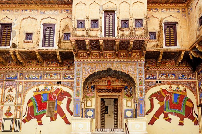 Frescoed Havelis w Mandawa, tradycyjnym ornately zdjęcie stock