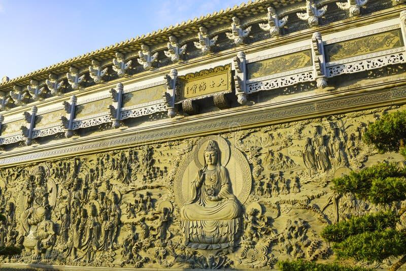 Frescos de la escultura de Guanyin en el Monte Putuo imágenes de archivo libres de regalías