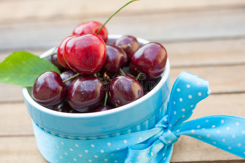 Download Fresh Cherries Stock Photos - Image: 32238543