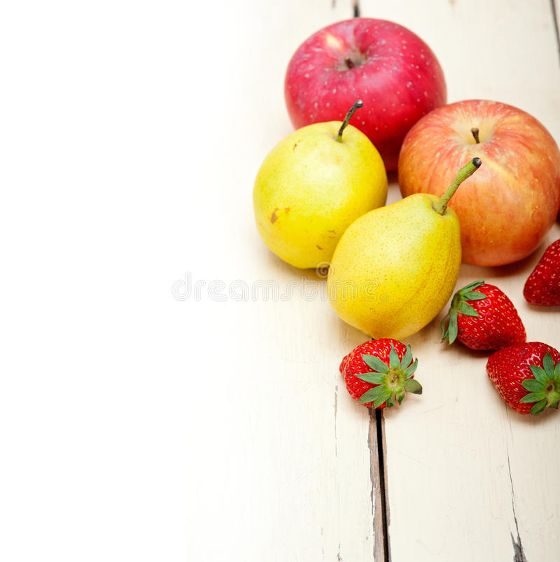 Free Fresh Fruits Apples Pears And Strawberrys Stock Image - 47251301