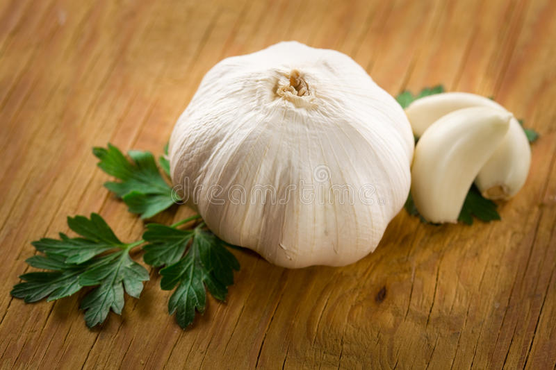 Download Fresh Garlic Head And Cloves On Wood Stock Image - Image: 15497769