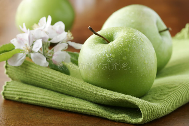 Fresh green apples royalty free stock photography