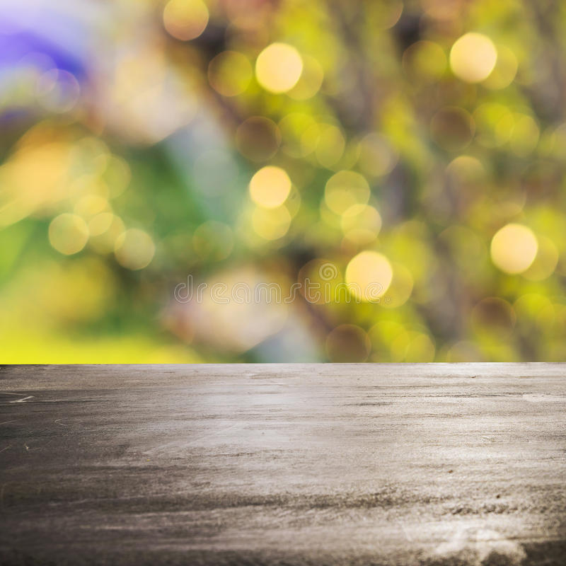 Free Fresh Spring Green Grass With Green Bokeh And Sunlight And Wood Royalty Free Stock Images - 55262149