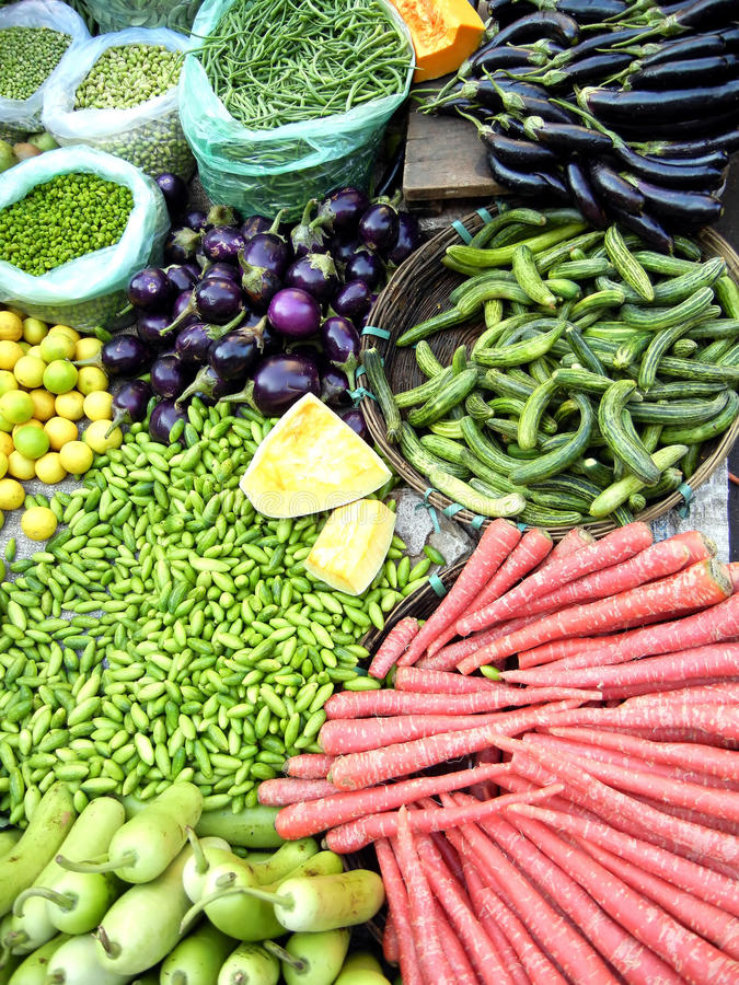 Fresh Vegetables in a Farmers Market stock images
