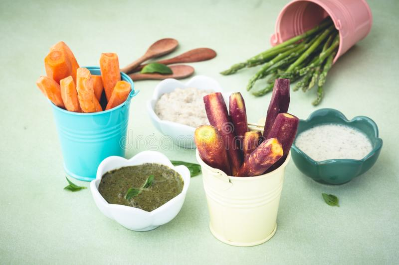 Fresh Vegetables Platter with Sauce Dip royalty free stock image