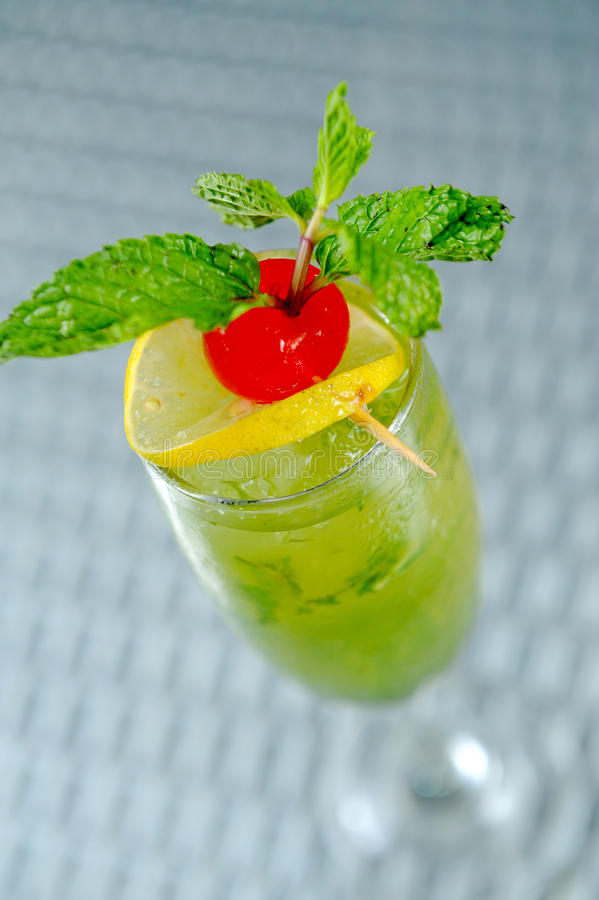 Download Freshness Cocktail With Mint Royalty Free Stock Photos - Image: 22456228
