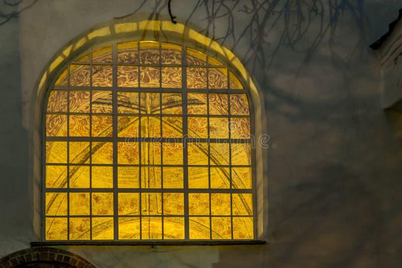 Fresk widzieć przez okno Ronneby kościół obrazy royalty free