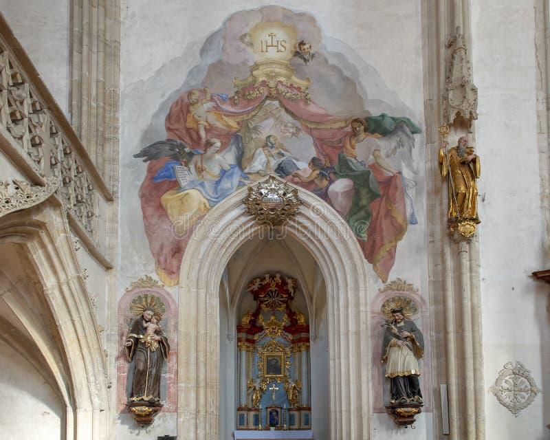 Fresko bij ingang aan Franciscus Xaverius Chapel, Binnenlandse Piarist-Kerk, Krems op de Donau, Oostenrijk royalty-vrije stock foto's