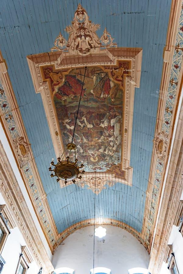 Fresko binnen de beroemde kerk van Onze Lord van Bonfim wordt geschilderd die royalty-vrije stock fotografie