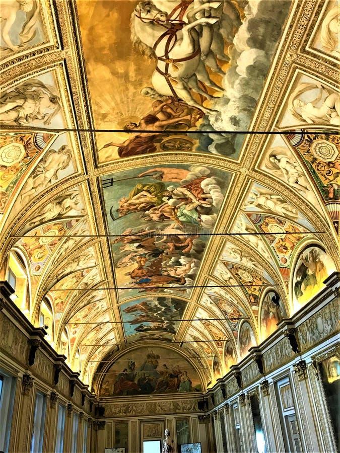 Fresko's, schoonheid en geschiedenis in Palazzo Ducale, de stad van Mantova, Italië royalty-vrije stock foto's