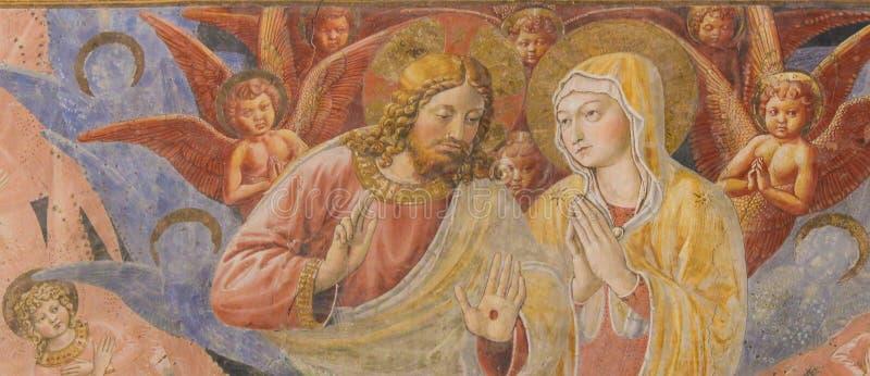 Fresko in San Gimignano - Jesus en Moeder Mary stock afbeelding