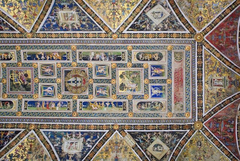 Fresko van Siena kathedraal stock afbeeldingen