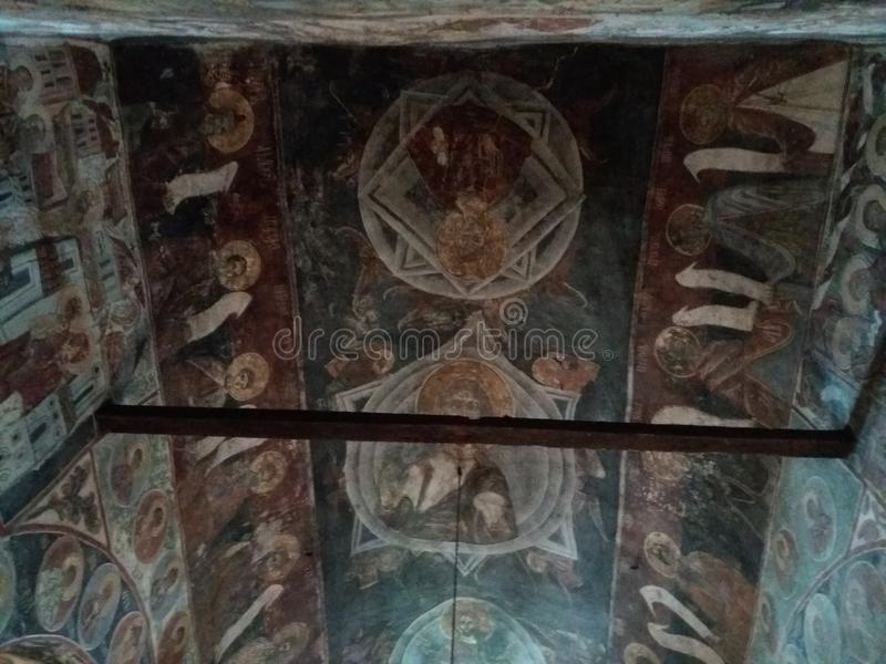Freskomålning i kloster Nikolje i den Ovcar - Kablar kanjonen royaltyfri bild