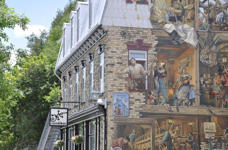Freskomålning på Rue du Petit Champlain från gamla Quebec City i Kanada arkivbilder