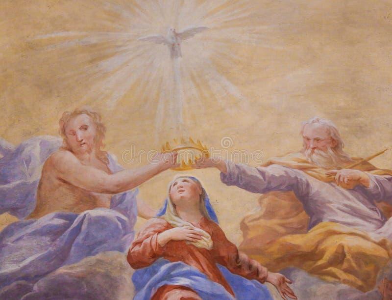 Fresque à San Gimignano - trinité sainte et Mary image stock