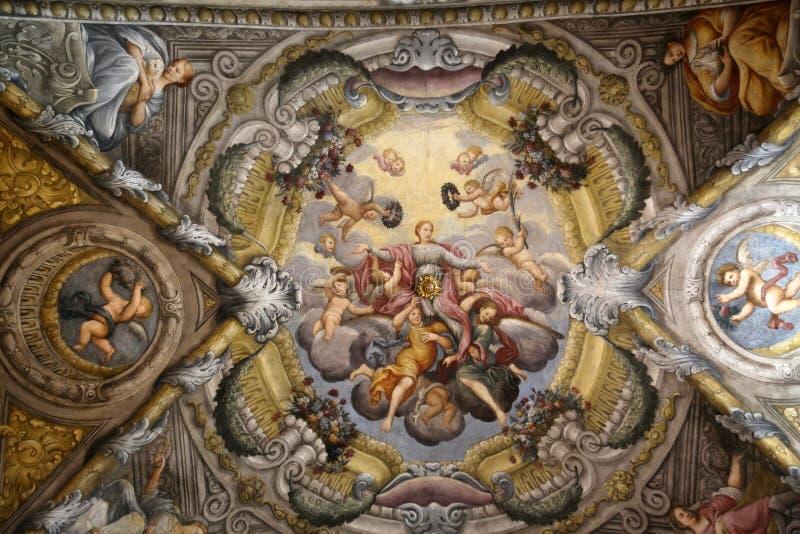 Fresque dans le dôme de l'église de Sainte-Lucie, Parme photo stock