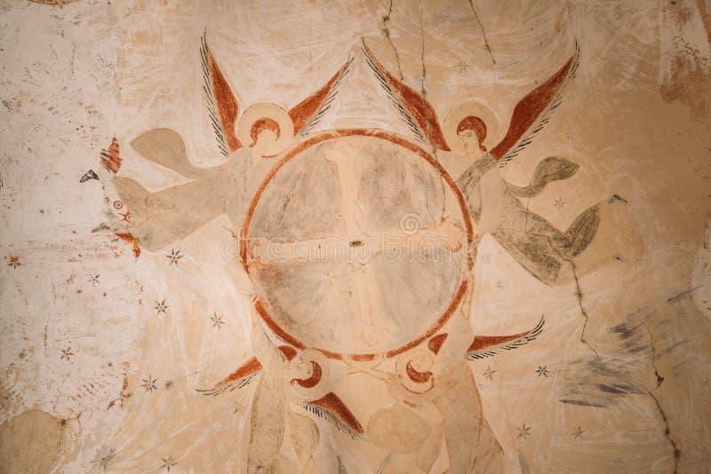 Fresques antiques dans des murs des cavernes de David Gareja Monastery Complex image libre de droits