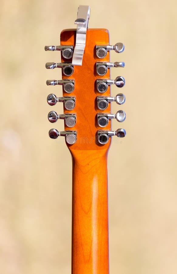 fretboard de guitare de Douze-ficelle images libres de droits