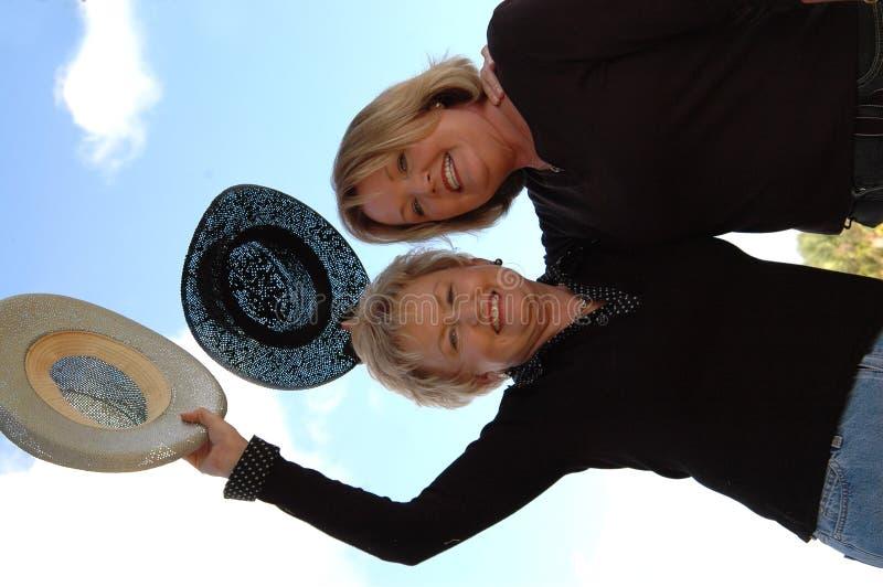 Freundliche ältere Frauen stockfotos