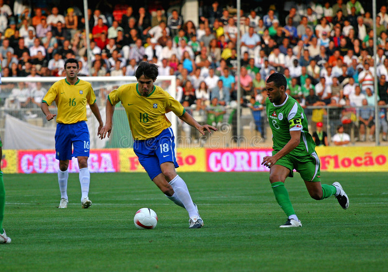 Freundliche Fußbalabgleichung Brasilien gegen Algerien lizenzfreies stockfoto