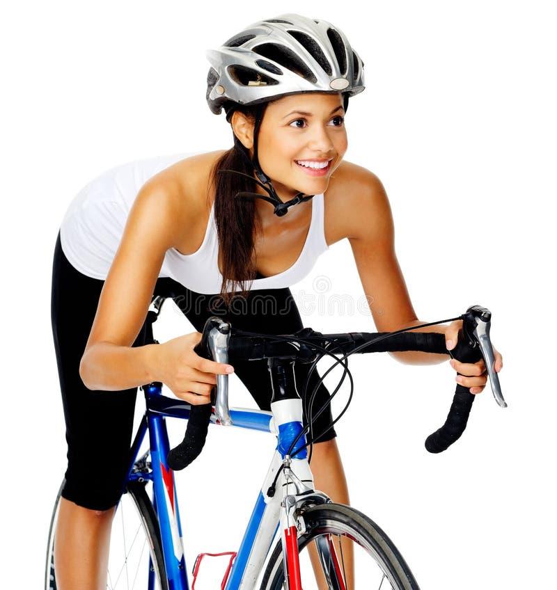 Freundliche Radfahrerfrau lizenzfreie stockfotografie