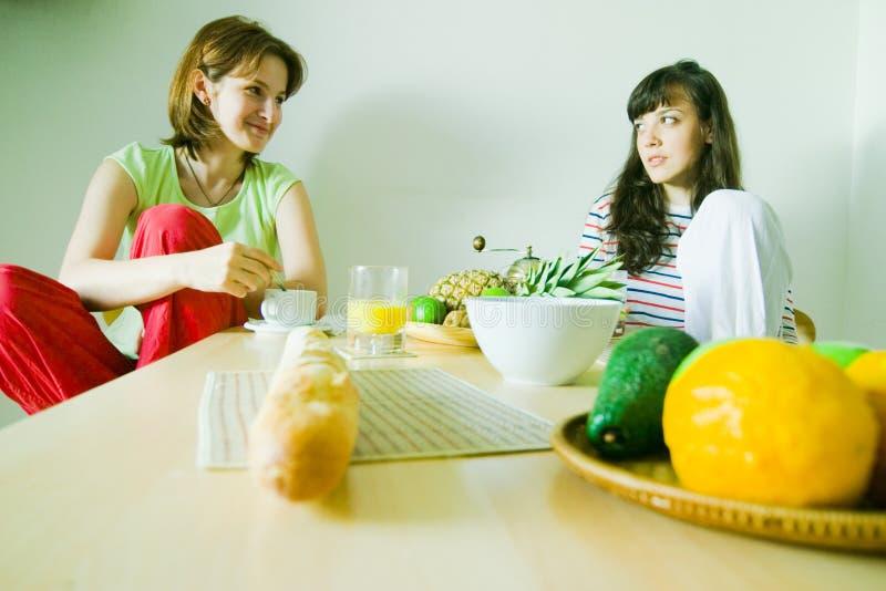 Freundliches Frühstück stockbilder