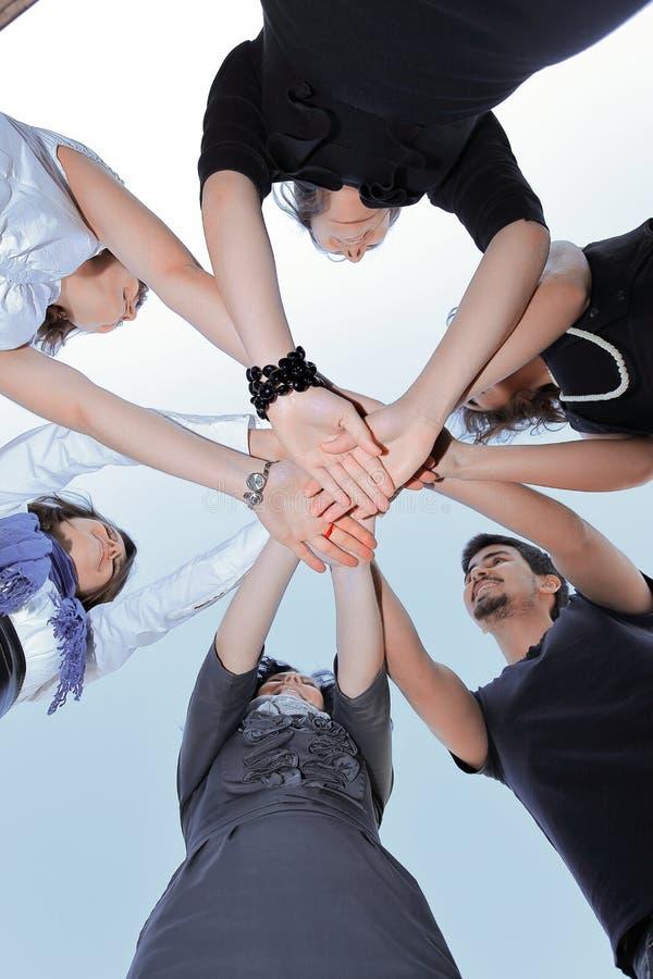 Freundliches Gesch?ftsteam Das Konzept der Teamwork stockfotografie