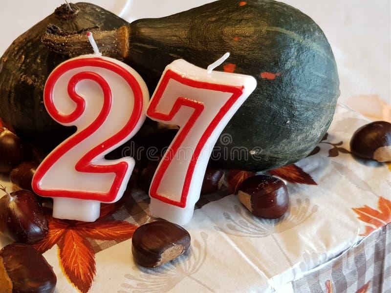 Frhestnut y torta de cumpleaños de la calabaza fotografía de archivo libre de regalías