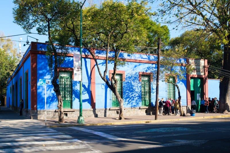Frida Kahlo Museum på Coyoacan i Mexico - stad arkivfoton