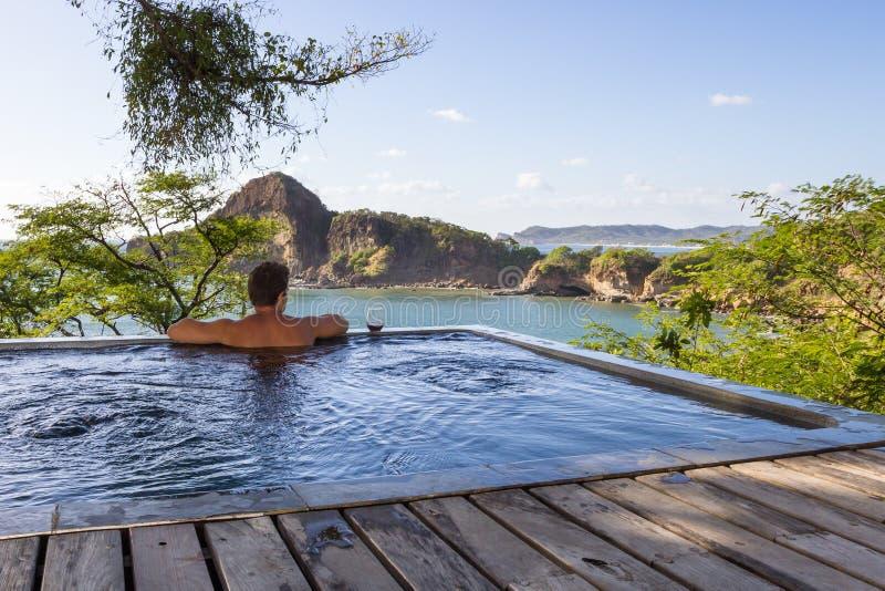 Fridsam tropisk flykt fotografering för bildbyråer