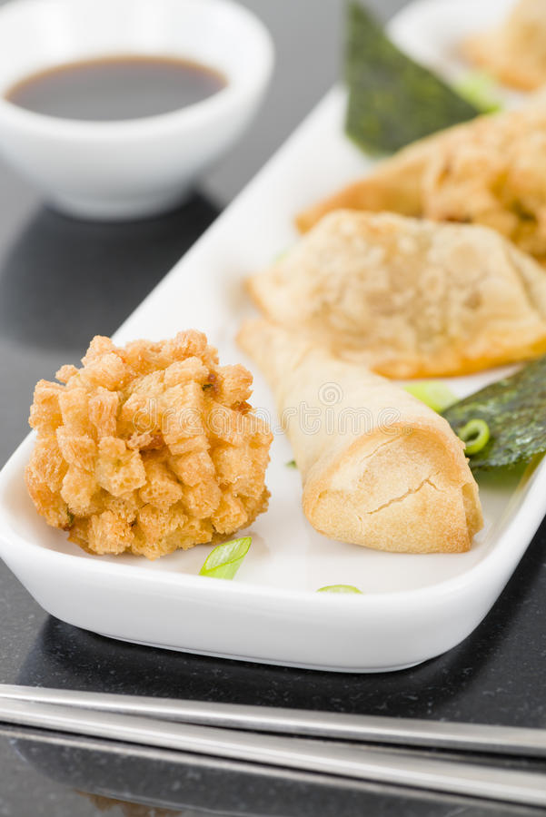 Fried Asian Snacks immagine stock libera da diritti
