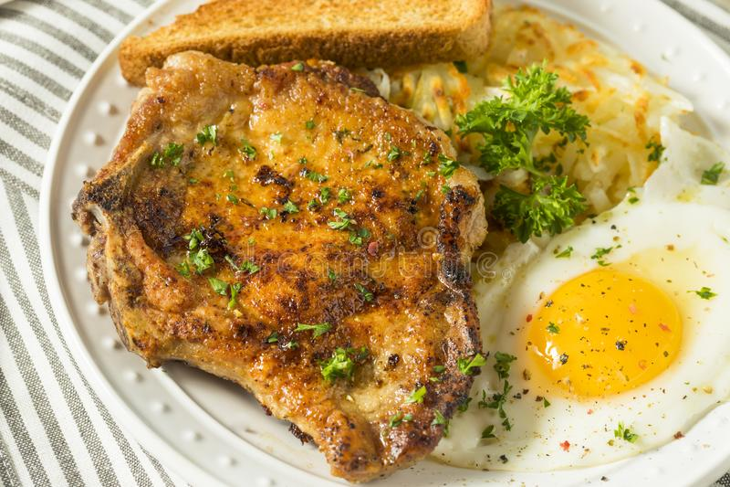Fried Breakfast Pork Chops fait maison image stock