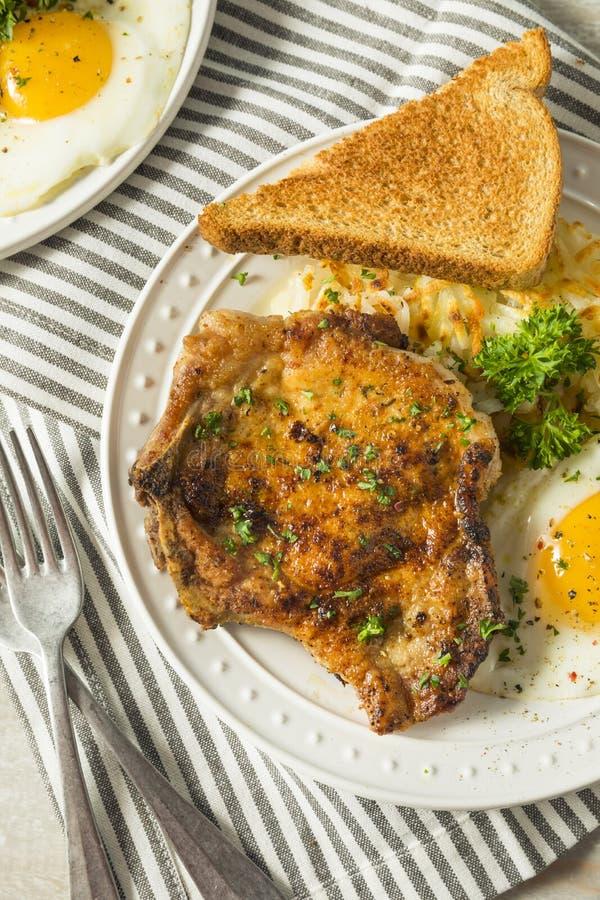 Fried Breakfast Pork Chops fait maison photo libre de droits
