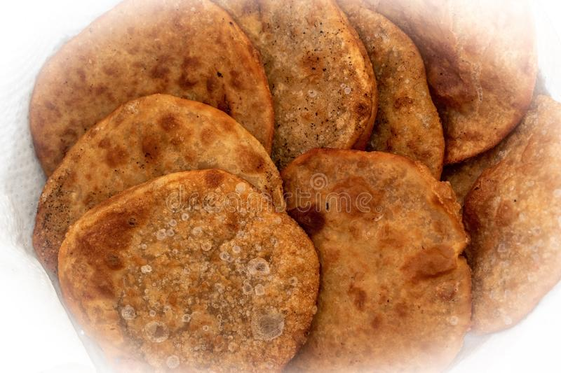 Fried Dhal Puris profond images stock