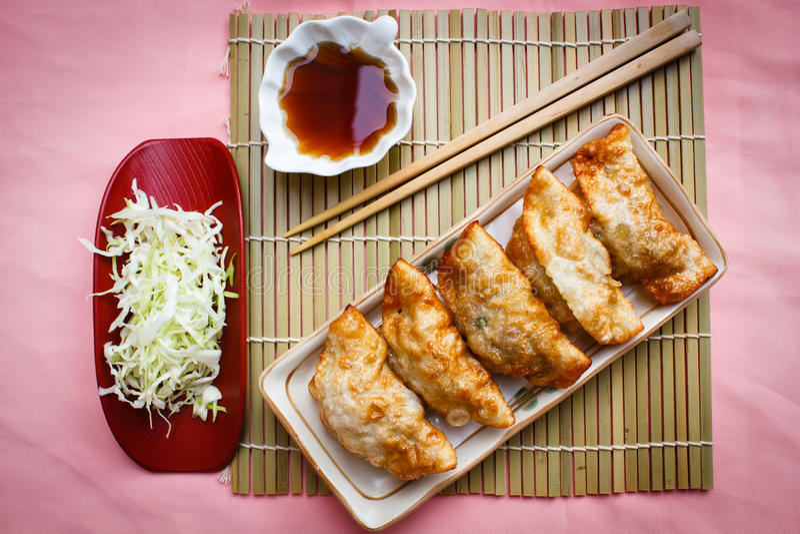 Fried Dumpling - Gyoza imagen de archivo libre de regalías